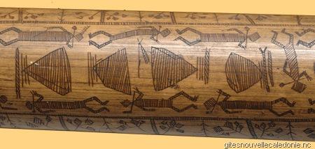 les bambous grav s de nouvelle cal donie la m moire kanak wonderful art ou l 39 art merveilleux. Black Bedroom Furniture Sets. Home Design Ideas