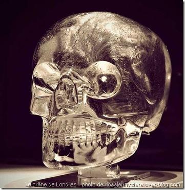 Le crâne de cristal de londres