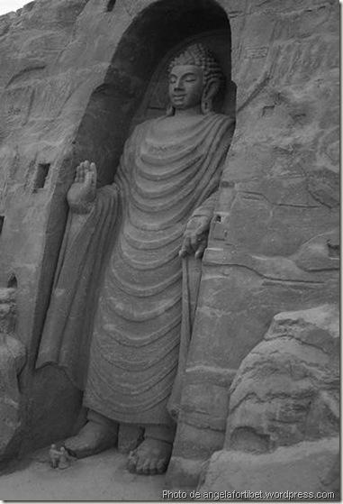Reconstitution d'un bouddha de Bâmiyân