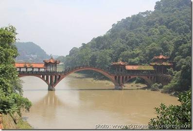 pont de leshan