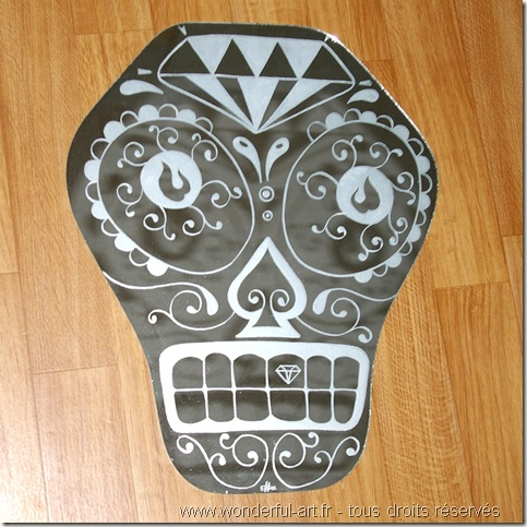 gravure sur miroir-gravure sur verre-miroir crâne mexicain-www.wonderful-art.fr