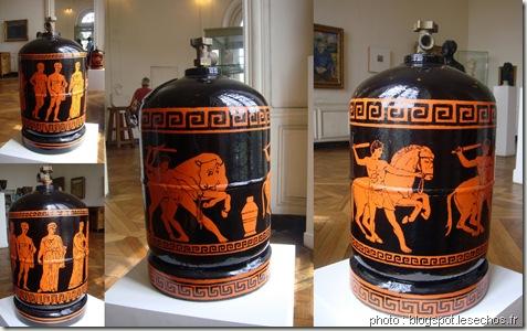 Wim Delvoye-cochon tatoué-bouteille de gaz-de l'art ou du cochon-www.wonderful-art.fr