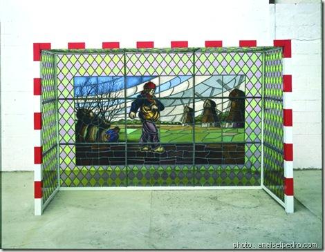 vitrail-goal-Wim Delvoye-cochon tatoué-de l'art ou du cochon-www.wonderful-art.fr