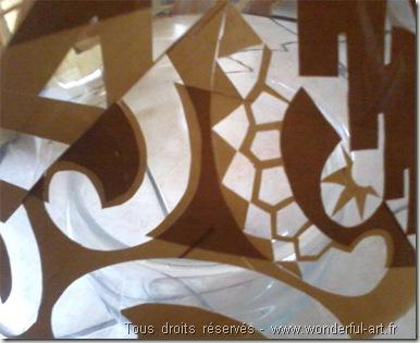 oeuvre d'art en scotch - pochoir - art polynésien- www.wonderful-art.fr