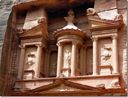 Petra-Tresor-Detail-façade-www.wonderful-art.fr