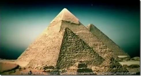 pyramide-de-Gizeh