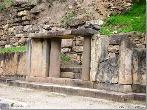 Chavin_de_Huantar_Portico_de_las_Falconidas_chanvin mère des civilisations andines_civilisation précolombienne_www.wonderful-art.fr