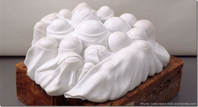 Louise Bourgeois, Cumul I, marbre blanc et bois, 1969