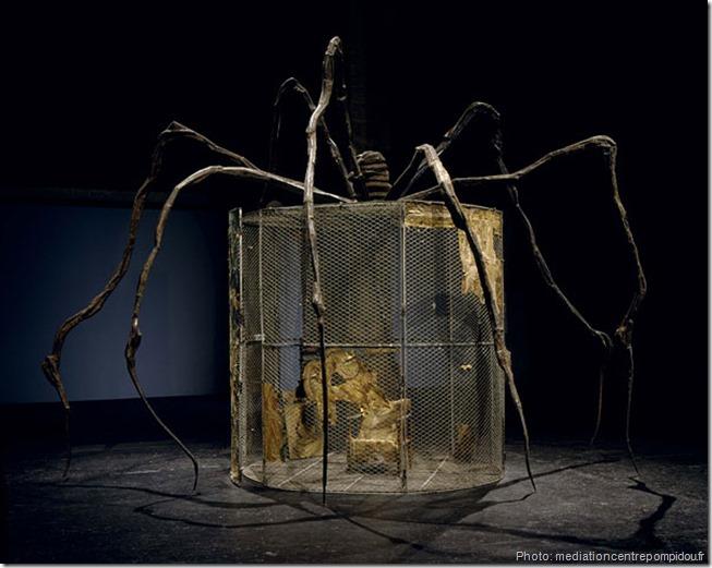 spider Acier, tapisserie, bois, verre, tissu, argent, or et os, 445 x 666 x 518 cm